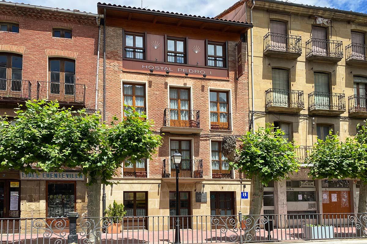 Hostal Santo Domingo de la Calzada - Fachada